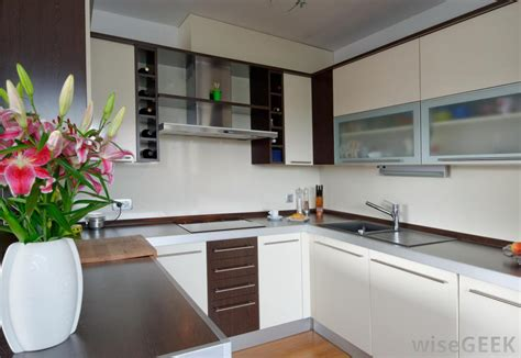 how to clean white laminate kitchen cabinets how do i clean kitchen cabinets with pictures