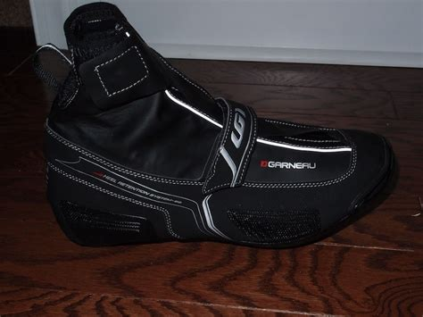 winter biking shoes review 2012 louis garneau glacier winter road shoes