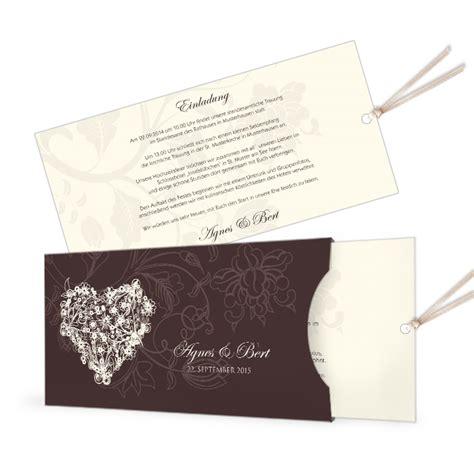 Einladung Einsteckkarte by Einladung Zur Hochzeit Als Einsteckkarte Mit Floralem Herz