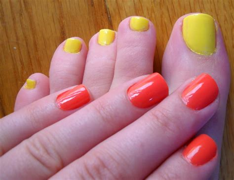 toe nail color nail toenail color combos for summer getglammedup