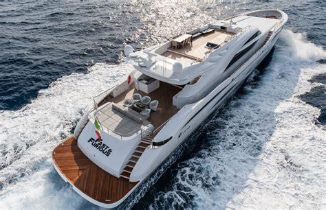 fast boat dubai fast furious yacht decks yacht charter superyacht news