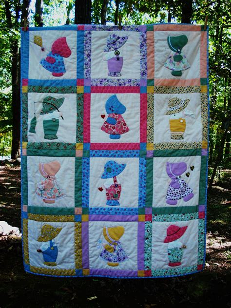 Sue Bonnet Quilt by S Sunbonnet Sue Quilt Quilts Sun Bonnet Sue