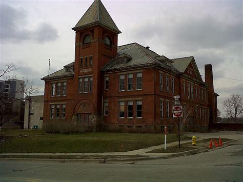 Pontiac School by Central High School Pontiac Michigan Flickr