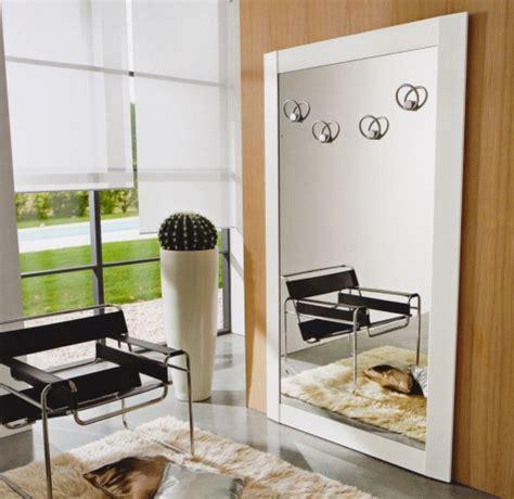 specchiere da ingresso arredare l ingresso specchiera con attaccapanni