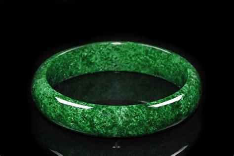 dark jade a mottled dark green natural jadeite bangle