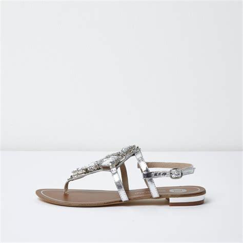 Sandal Santai Flat Wanita Berkualitas silver metallic embellished flat sandals sandals shoes boots