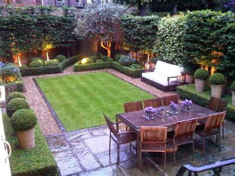Backyard Ideas Layouts 25 Best Ideas About Small Backyards On Small