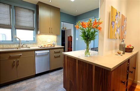 omega kitchen cabinets reviews signature cabinets by omega mf cabinets