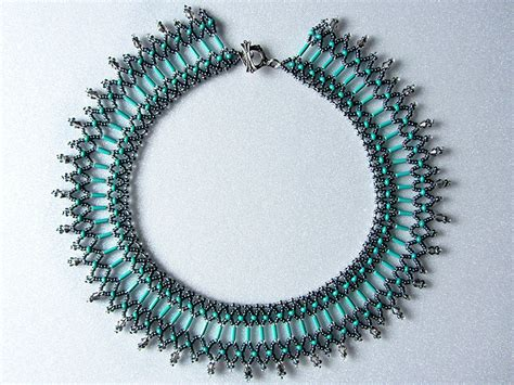 free beading pattern for beaded necklace green island
