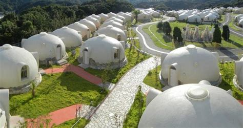 japan s earthquake resistant dome houses are made of styrofoam