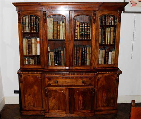 libreria libri antichi roma libreria a due corpi in noce xix secolo libri antichi e