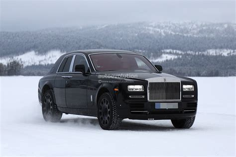 rolls royce suv rolls royce cullinan suv previewed by camouflaged