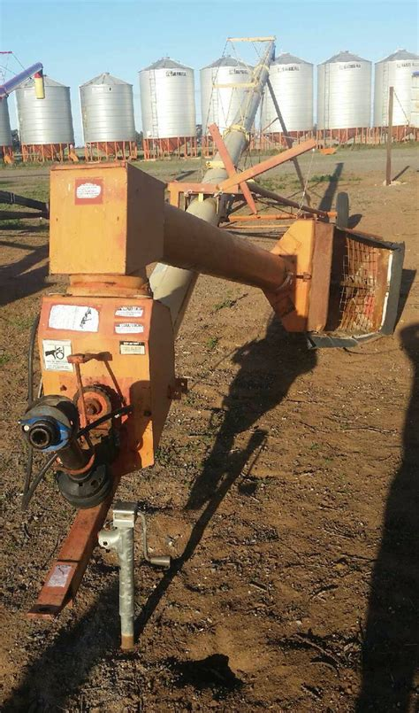 swing away auger for sale westfield swing away auger 71ft x 10inch machinery