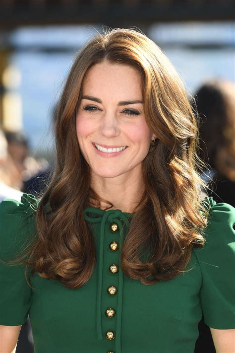 kate middletons shocking new hairstyle super pretty longs for bangs kate middleton long hairstyle