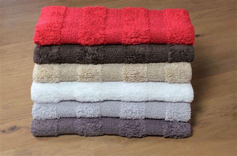 tappeti bagno particolari tappeti per il bagno quando e come usarli koh i noor