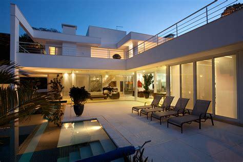 Modern Contemporary Homes residencia ps by pupogaspar arquitetura 43 homedsgn