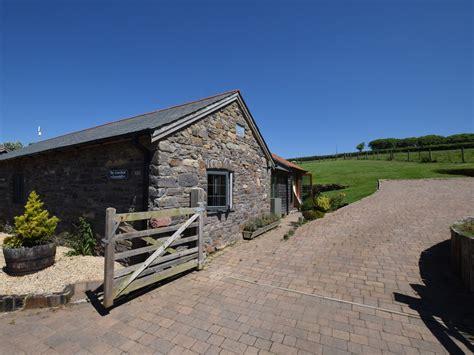 2 bedroom cottage in barnstaple friendly cottage in
