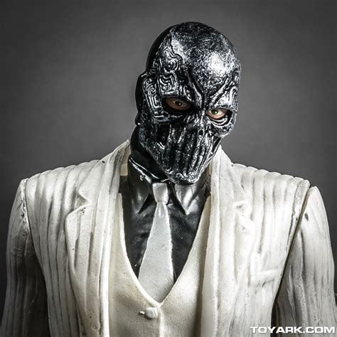 Masker Origins dc collectibles arkham origins highlights photo shoot
