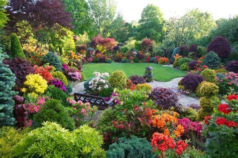 giardino fiorito giardini fioriti crea giardino realizzare un giardino