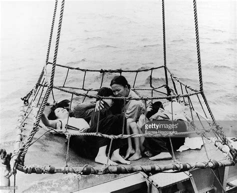 vietnamese boat people express vietnamese boat people and photos