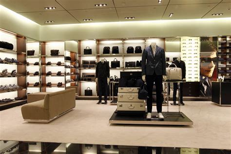 Prada store by Roberto Baciocchi, Atlanta » Retail Design Blog