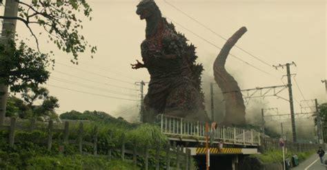 Kaos Godzilla godzilla vender tilbage og skaber kaos i japansk reboot