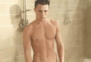 shower guys colton haynes attractive guys testosterone