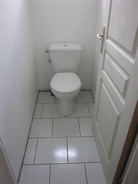 Carrelage Mural Wc by Pose Carrelage Toilette Wc Notre Deuxi 232 Me Maison Mikit