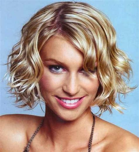 beachy hairstyles for medium hair 23 gorgeous and easy beach hairstyles style motivation