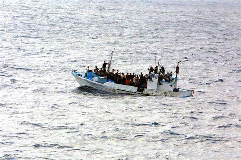 refugee boat history file refugees on a boat jpg wikipedia