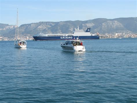 boat rentals near my location great motorboat to rent near toulon 2 cabins