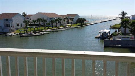 boat rental rockport 14 coastal vacation rentals texas monthly