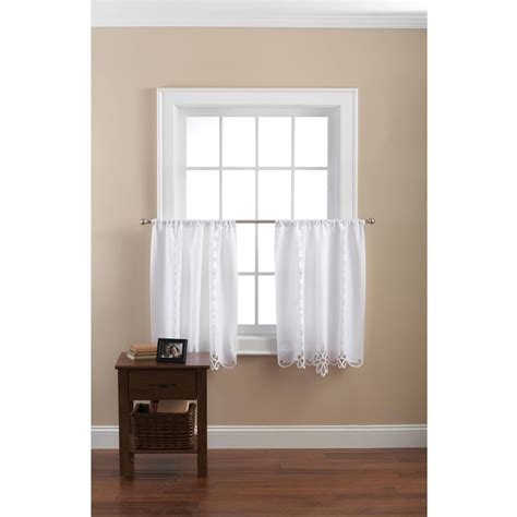 burgundy and white curtains burgundy and white curtains tags 28 images burgundy
