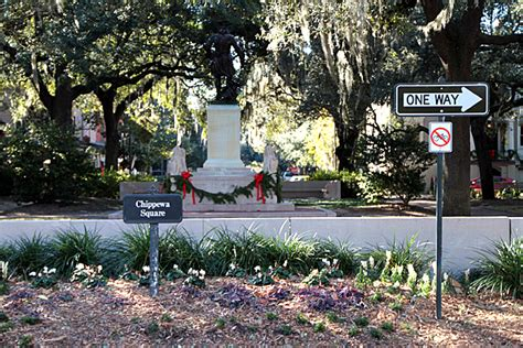 savannah ga forrest gump bench chippewa square savannah for 91 days