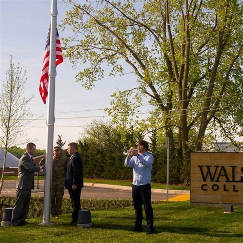 Walsh College Mba by Walsh College Graduate Undergraduate Business Degrees