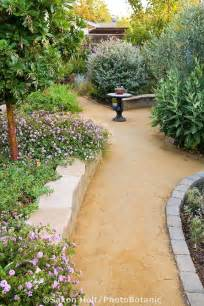 goldfines decomposed granite crushed rock path in california backyard drought tolerant garden