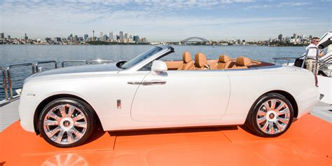 roll royce australia rolls royce dawn debuts in australia with 749 000 price