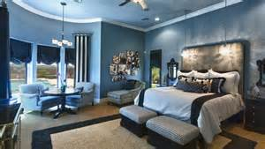 blue master bedroom fantastic family tree photo collage wall art decorating ideas images in bedroom transitional