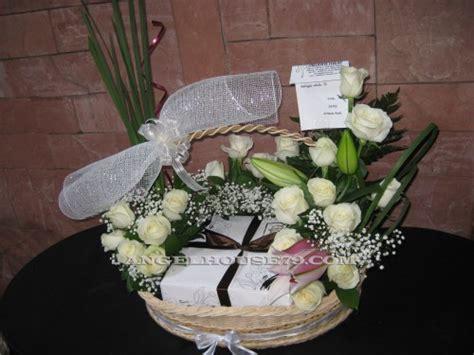 Box Flower Hadiah Gift Bunga Fresh Bunga Wisuda rangkaian bunga kue bunga hadiah ulang tahun gift unik bunga dan kue bunga ucapan lekas