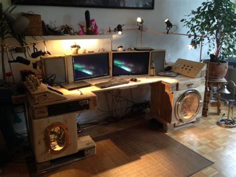 desk made from pallets steunk desk made of pallets part 2 pallet furniture