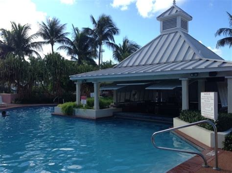 comfort inn atlantis day pass comfort suites paradise island review and photos