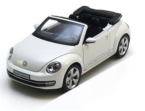 118 Kyosho Volkswagen New Beetle Convertible White 1 18 kyosho vw new beetle convertible 2012 whitemetallic
