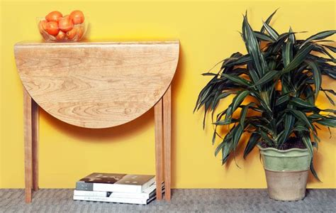 Diy Drop Leaf Table How To Build A Folding Table Simple Diy Woodworking Project Small Drop Leaf Table With One