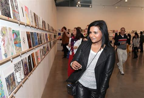 mindy kaling night at the museum incognito mindy kaling joins the running of the art