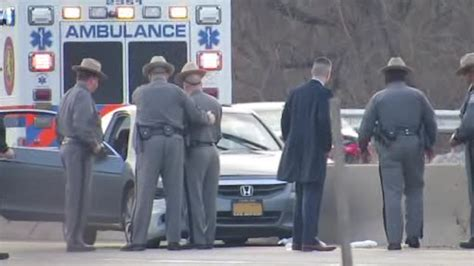 Ny State Trooper Arrest Records State Trooper Dragged During Traffic Stop In Hempstead On Southern State Parkway