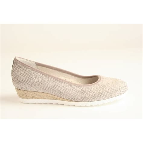 comfort wedges gabor gabor style quot epworth quot taupe printed leather wedge
