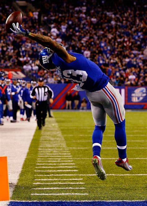 the science of odell beckham jrs incredible onehanded td catch 2014 odell beckham jr s incredible one handed catch might be