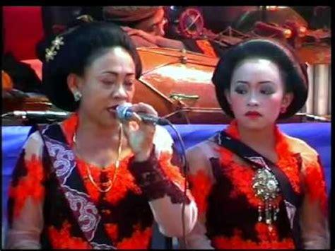 Gantungan Kunci Live Kotori Minami tayub sarwo laras live weruasli joho pule trenggalek gending gantungan kunci