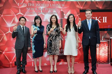 Sk Ii R N A Power Series sk ii r n a power makes global debut with shilla duty
