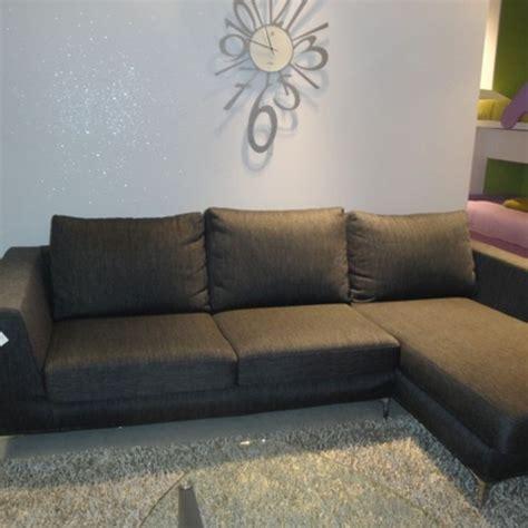sconti divani divani con penisola in tessuto sfoderabili divani a
